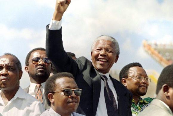 A 25 años del fin del apartheid, Sudáfrica vuelve a las urnas en medio de una crisis económica